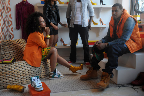 Music Video-Elle Varner %22Only Wanna Give It To You%22 ft. J. Cole 6