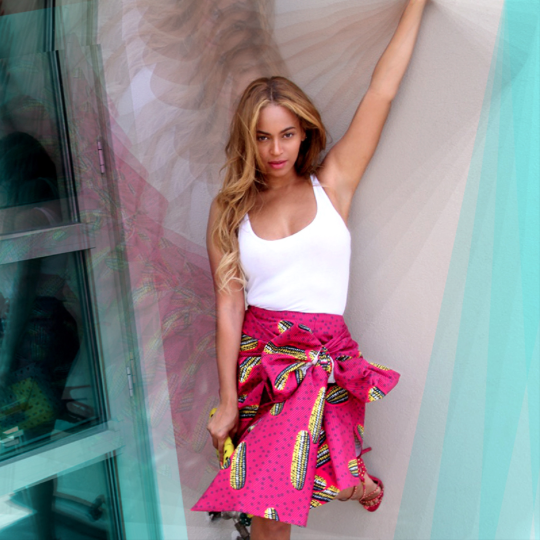 Beyoncé Spotted in Stella Jean Dugongo Printed Cotton Skirt 5