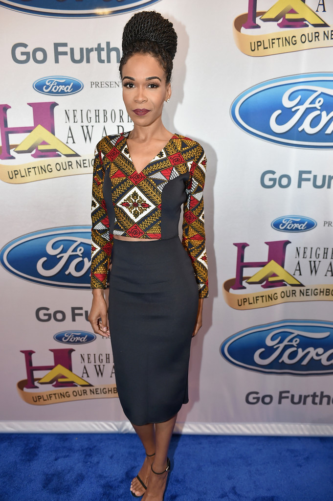http://www.allthingsankara.com/wp-content/uploads/2015/09/michelle-williams-melange-mode-2015-Ford-Neighborhood-Awards-Hosted-Steve-utopoLy4wKzx1.jpg