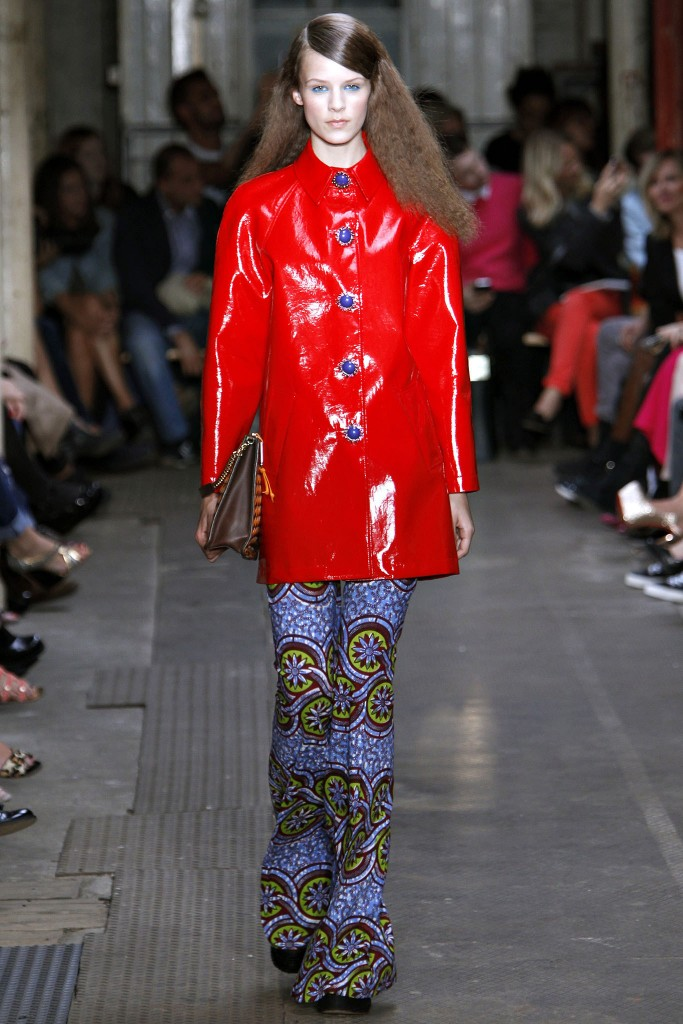 Moschino Cheap and Chic Spring 2013 Ready To Wear 1