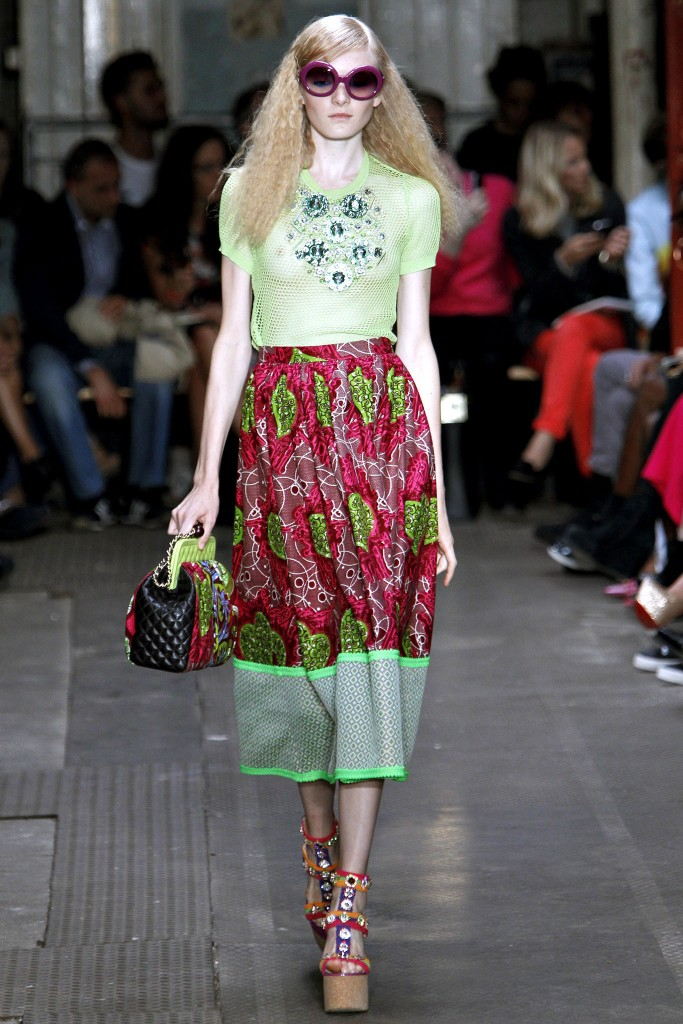 Moschino Cheap and Chic Spring 2013 Ready To Wear 3