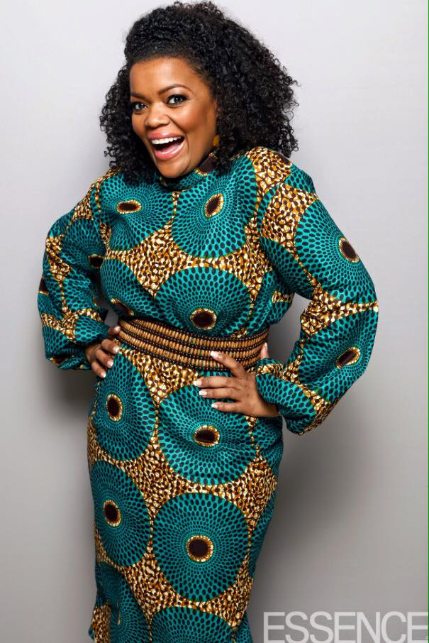 Luncheon-Yvette Nicole Brown's Leap of Style Dress for Essence's 9th Annual Black Women In Hollywood Luncheon 2016 2