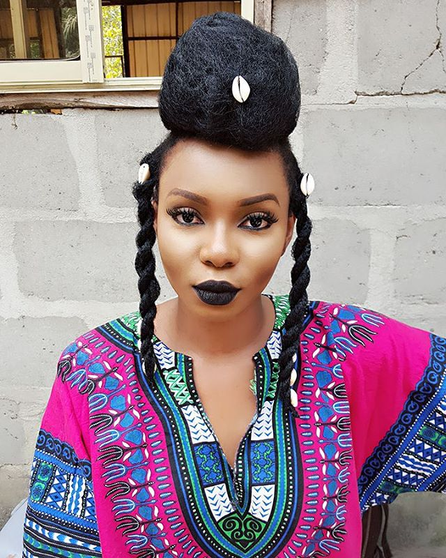 Ankara Photo of The Day- Yemi Alade's Dashiki Shirt Behind The Scenes on Set for Ferrari Music Video