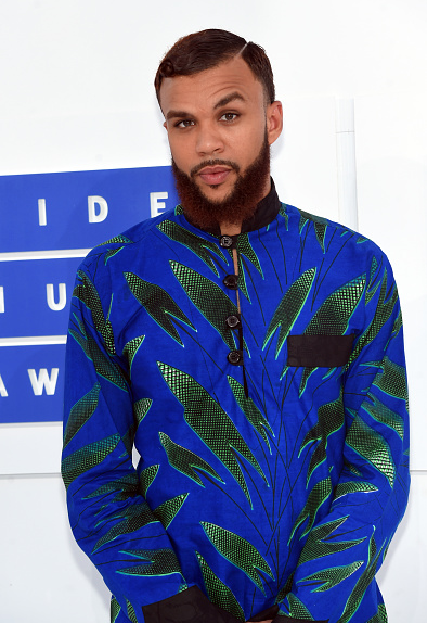 Award Show- Jidenna and Tiwa Savage on the MTV Awards 2016 Red Carpet 2