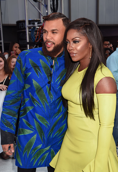 Award Show- Jidenna and Tiwa Savage on the MTV Awards 2016 Red Carpet 3