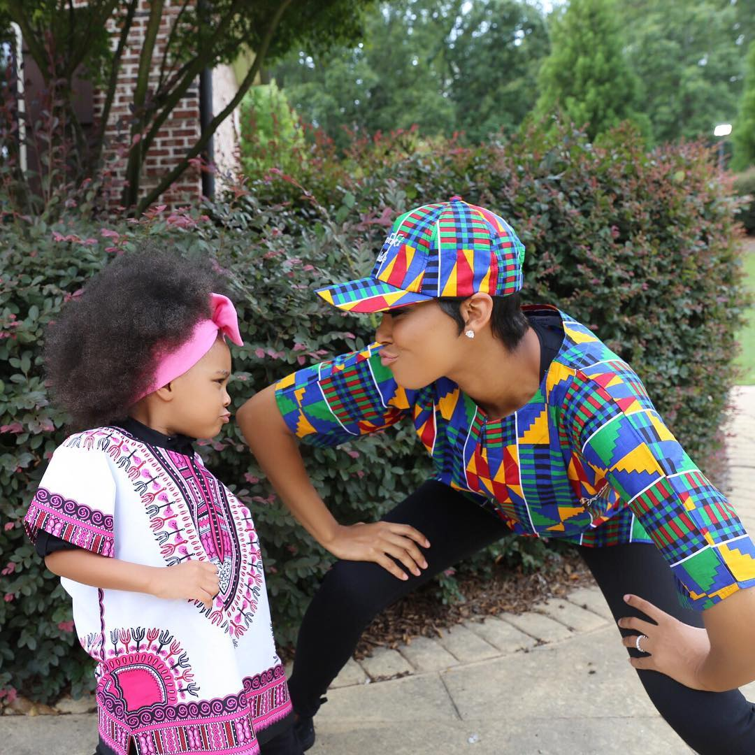 ankara-photo-of-the-day-monica-brown-and-daughter-laiyah-shannon-brown-in-dashiki-pride-1