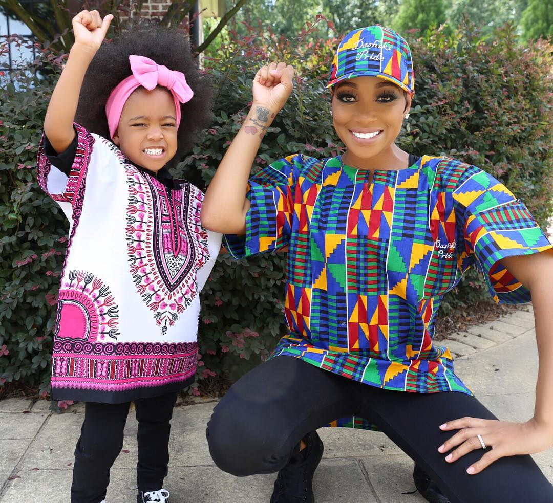 ankara-photo-of-the-day-monica-brown-and-daughter-laiyah-shannon-brown-in-dashiki-pride-3