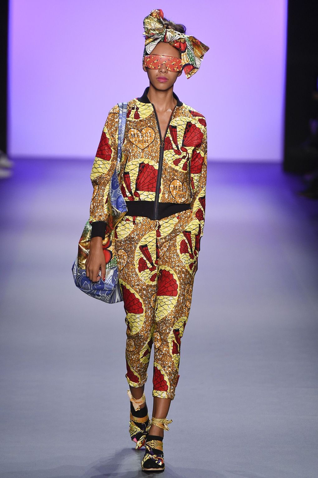 fashion-week-xuly-be%cc%88t-xuly-be%cc%88t-sprigsummer-2017-ready-to-wear-collection-0