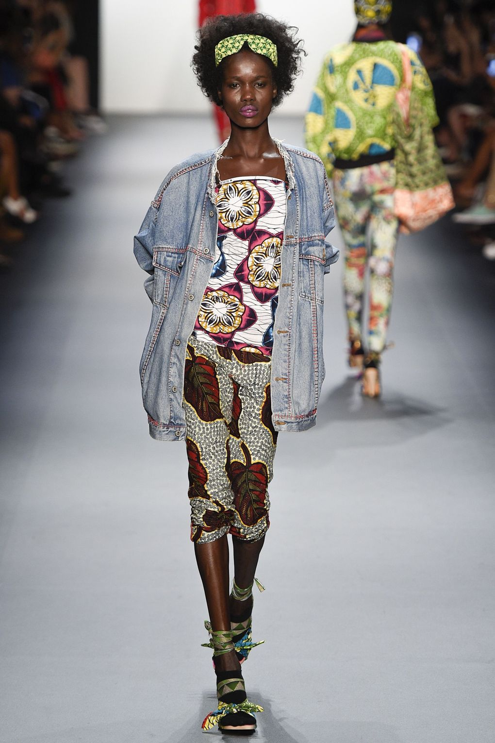 fashion-week-xuly-be%cc%88t-xuly-be%cc%88t-sprigsummer-2016-ready-to-wear-collection-7