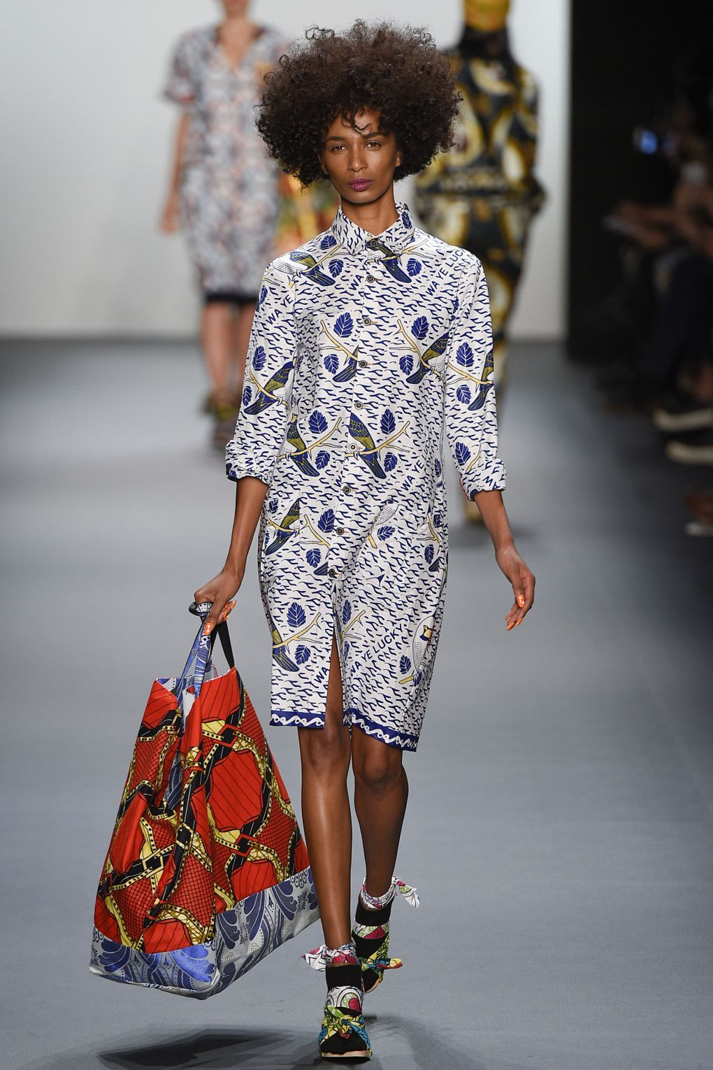 fashion-week-xuly-be%cc%88t-xuly-be%cc%88t-sprigsummer-2016-ready-to-wear-collection-12