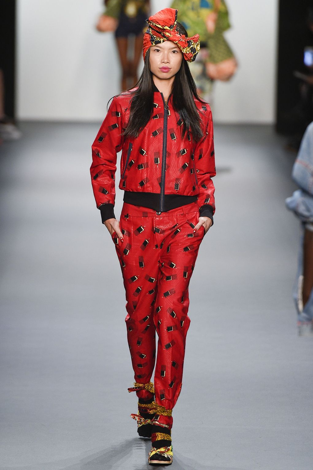 fashion-week-xuly-be%cc%88t-xuly-be%cc%88t-sprigsummer-2016-ready-to-wear-collection-8