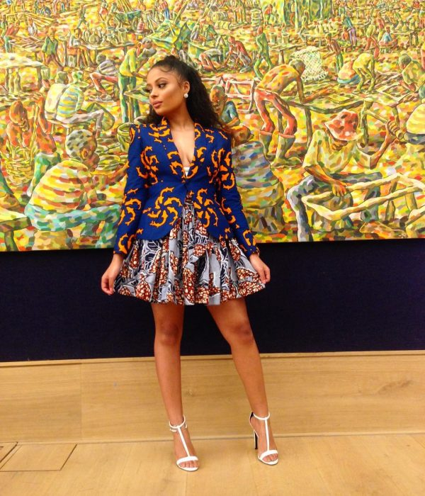 ankara-photo-of-the-day-lola-rae-in-jane-michael-ekanem-at-bonhams-africa-now-exhibition