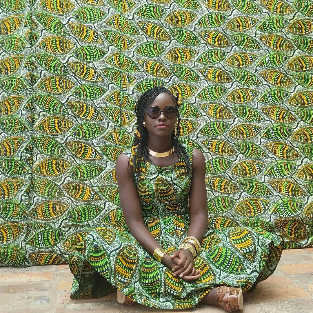 ankara-photo-of-the-day-lupita-nyongo-behind-the-scenes-at-young-cardamom-habs-1-spice-music-video