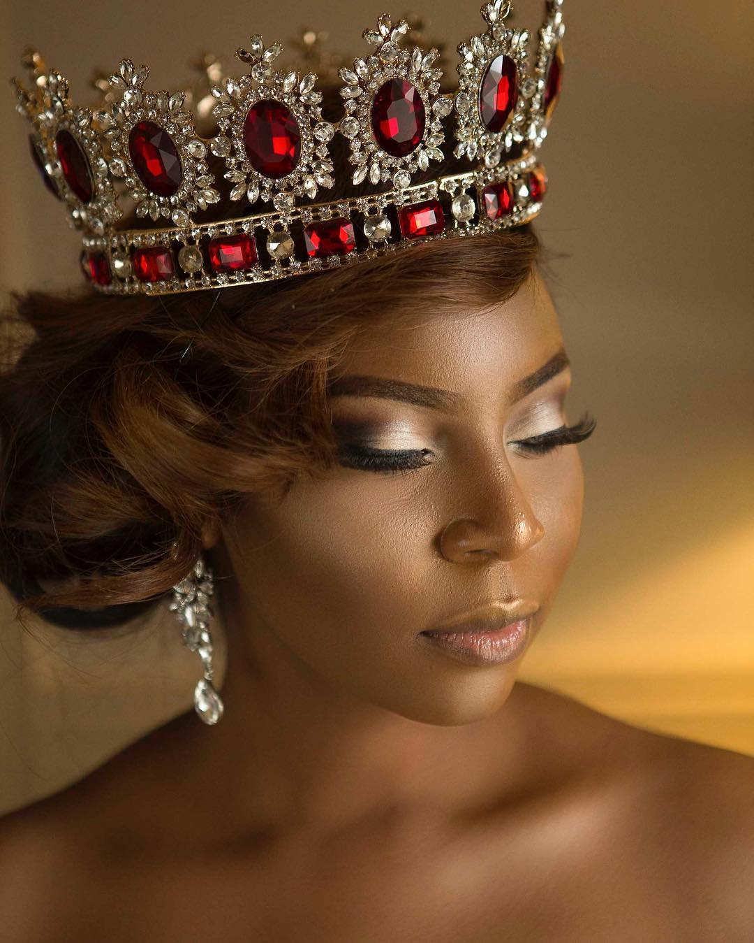 editorial-aderonke-adefalujo-celebrates-her-birthday-with-a-bdazzled-ankara-print-gown-and-crown-5