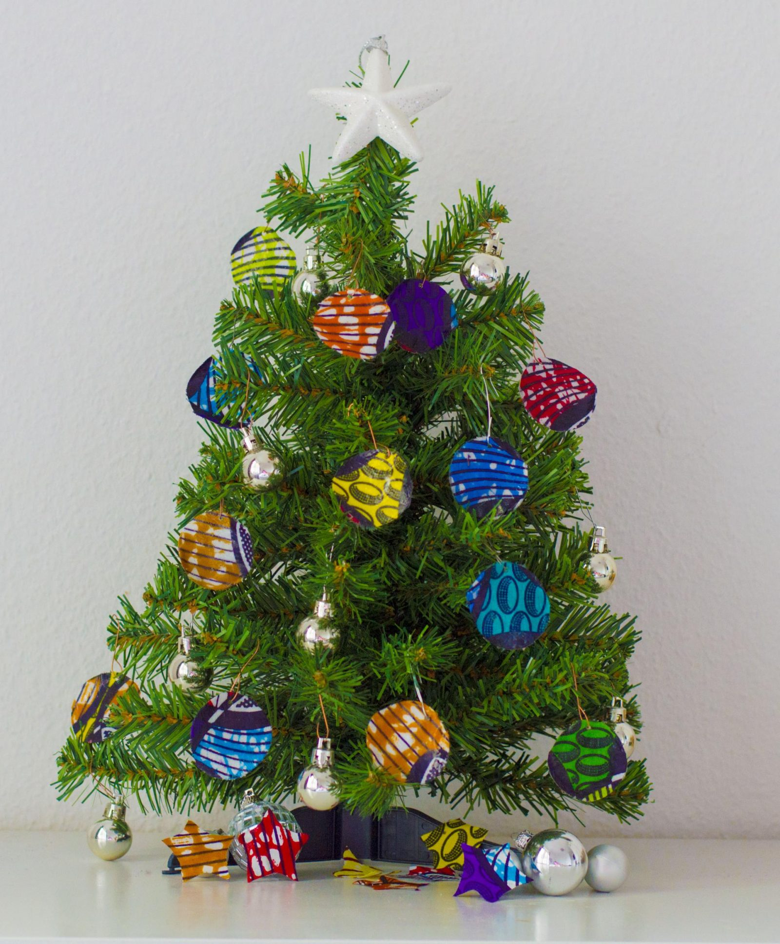 Merry christmas from all things ankara diy christmas Diy christmas tree decorations