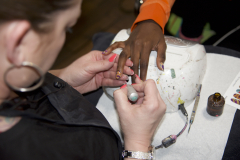 behind-the-scenes-prints-on-your-finger-tips-all-things-ankara-nail-wraps-2018-campaign-behind-the-scenes-photos-3